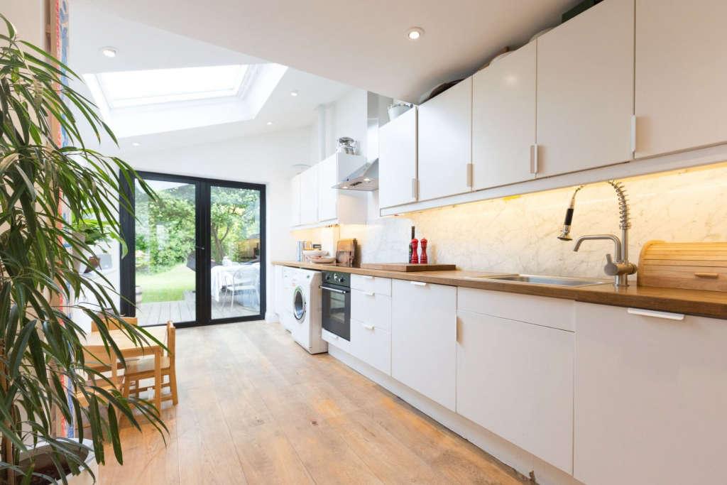 kitchen onto garden 18