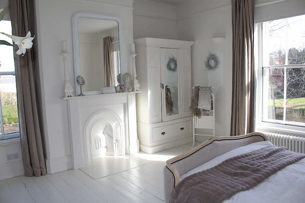 Contemporary pared back restoration of a period country house portrait 3 15