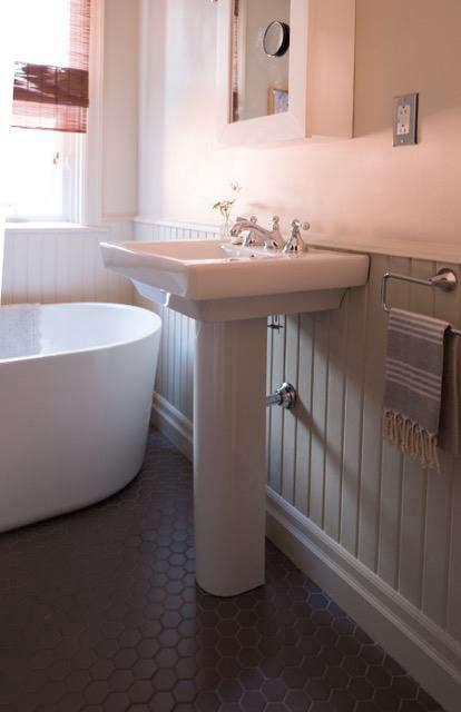 classic pedestal sink. 10