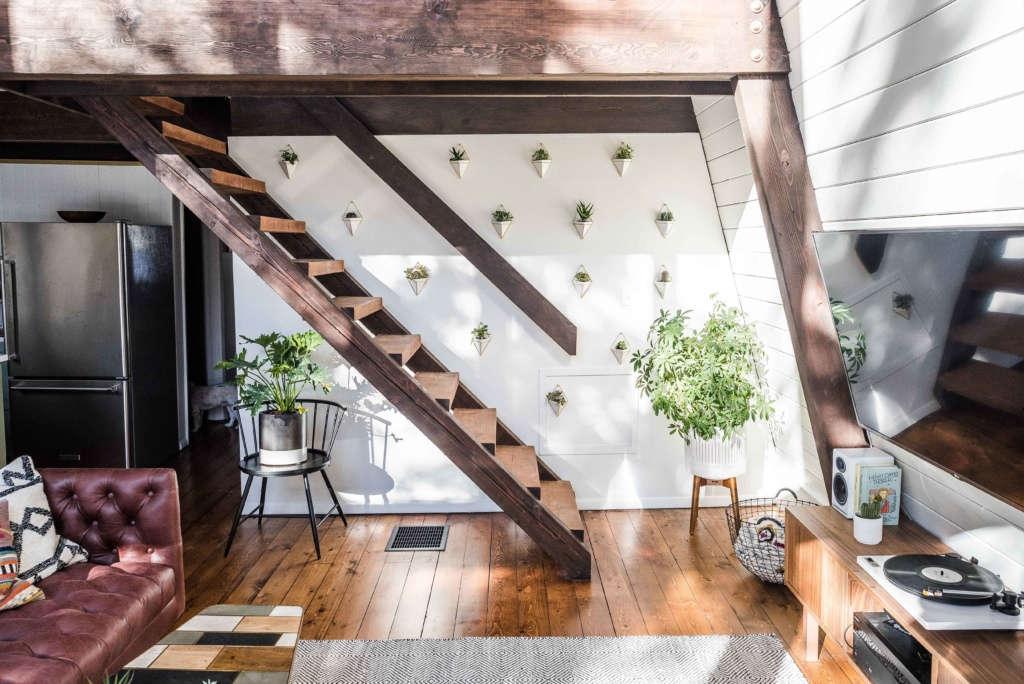 The Hunter Greenhouse  Catskills Mountain Retreat Stairs