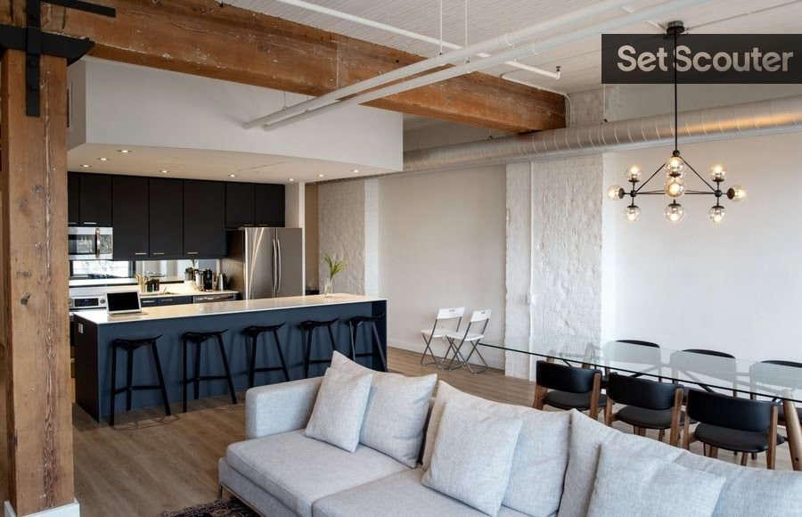 modern loft   open concept living / dinning 9