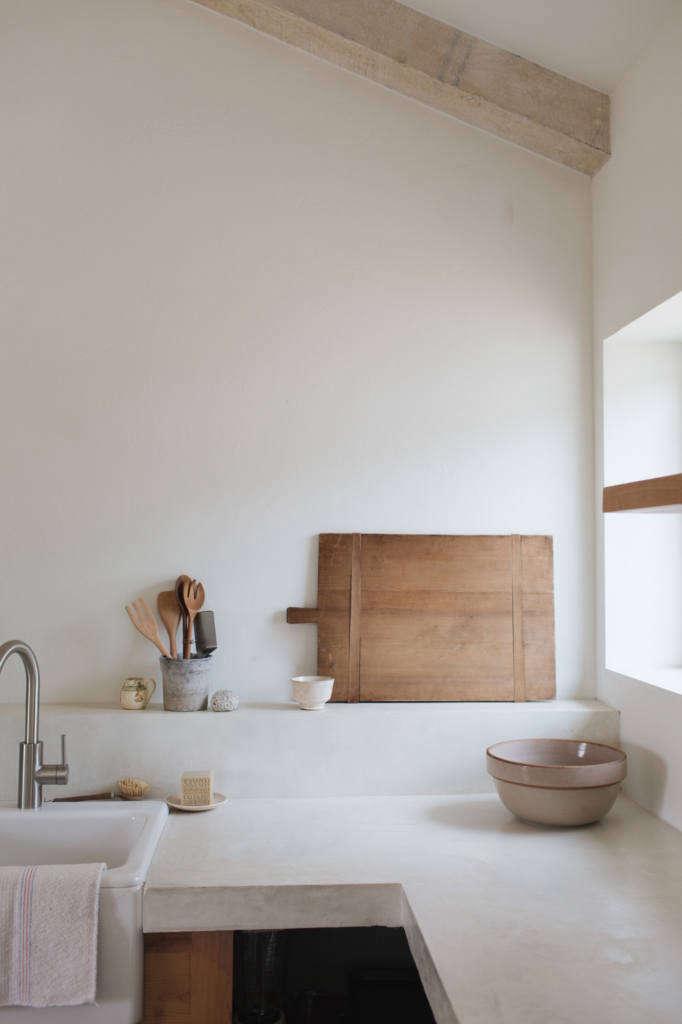 white concrete counters 10