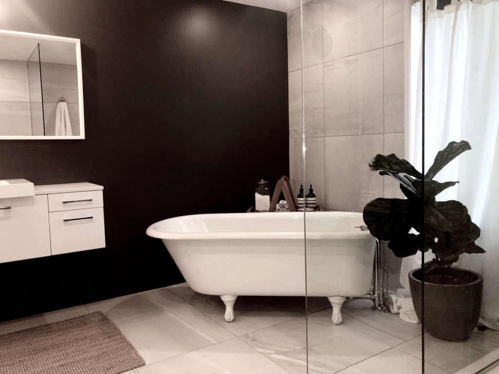 modern farmhouse bath   tub 10