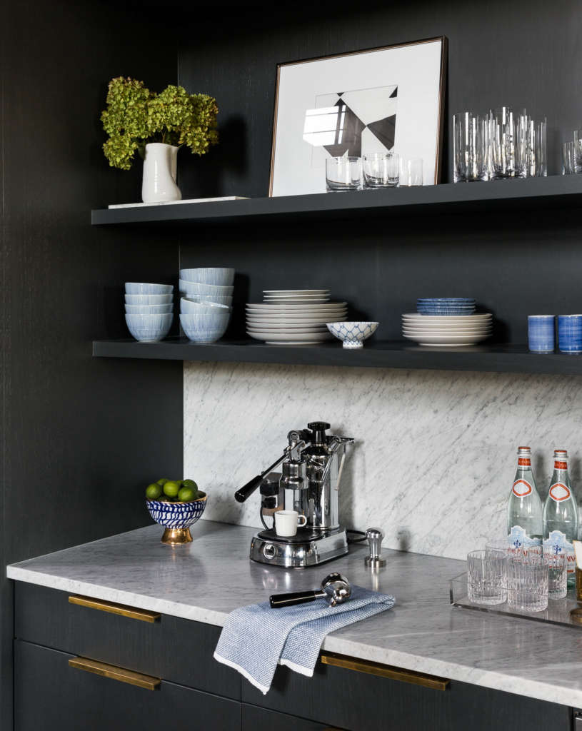 bar/ coffee station 13