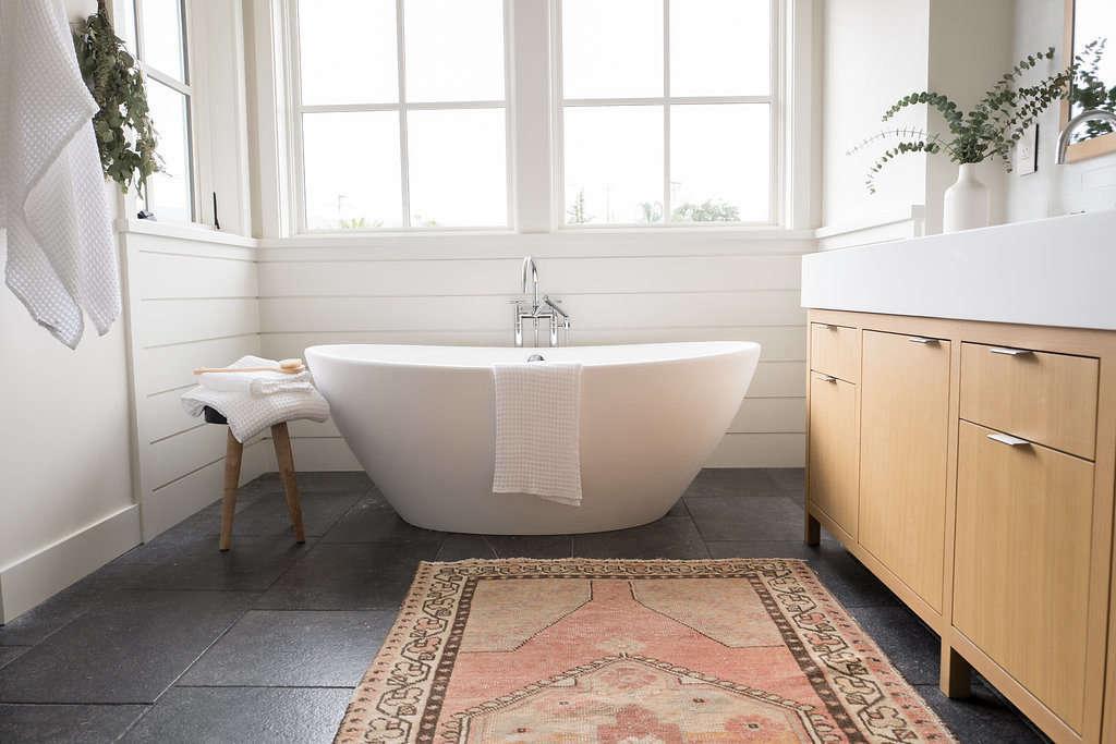 Modern Farmhouse Master Bathroom Modern Freestanding Bathtub