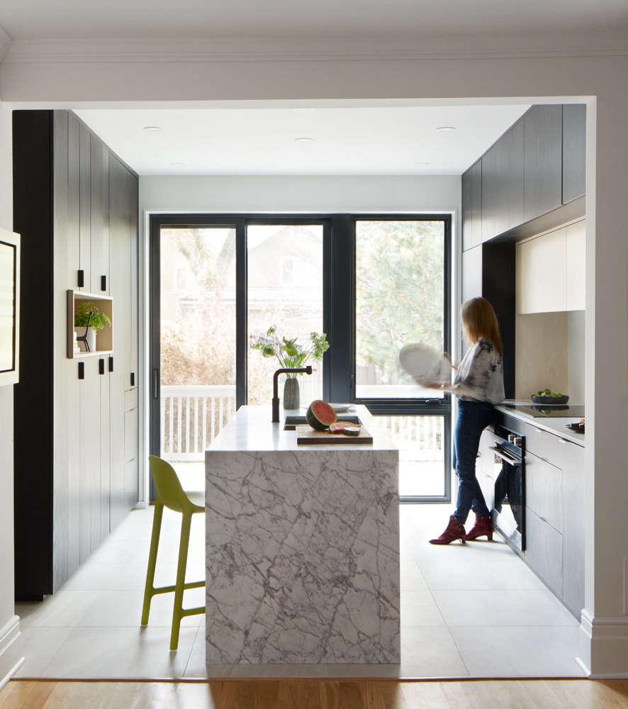 Julias Modern Kitchen portrait 3 11