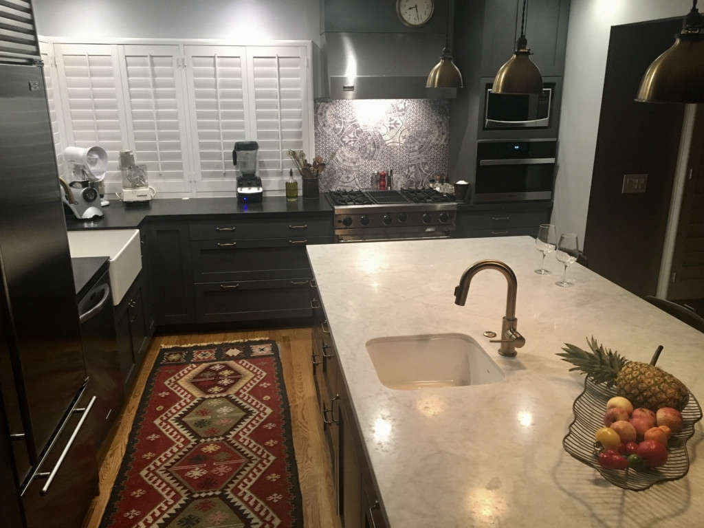 a kitchen to cook and entertain in 9