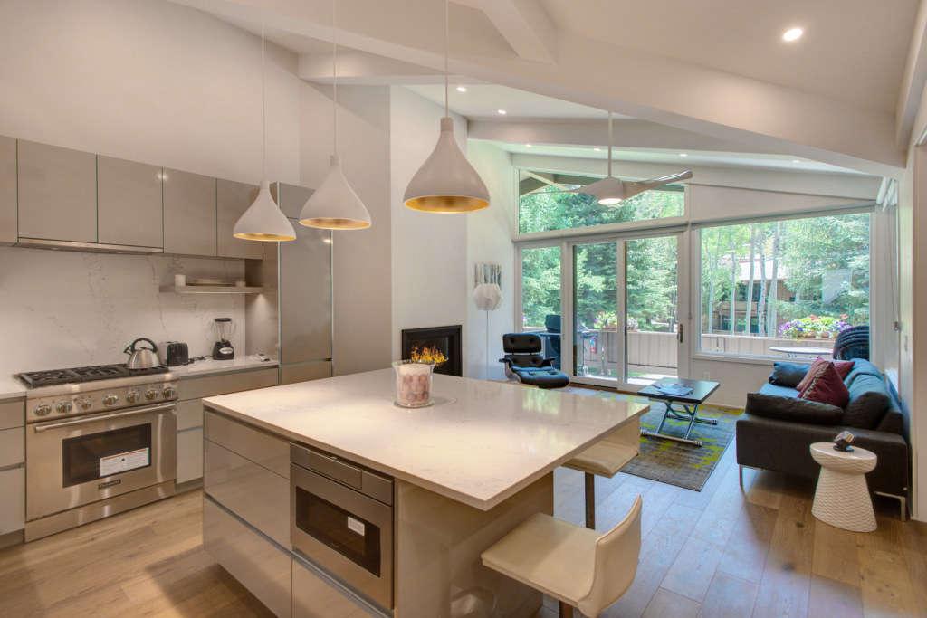 kitchen   living 11