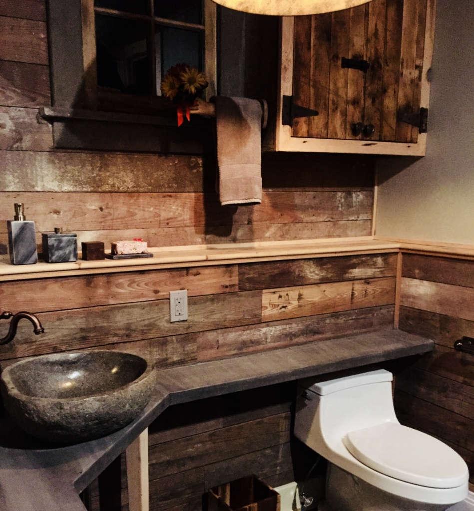 glen hollow guesthouse bathroom 2 10