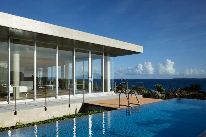 1100 architect house on ikema island