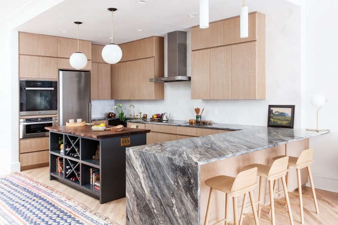 Indigo & Ochre Design Back Bay Boston penthouse modern kitchen