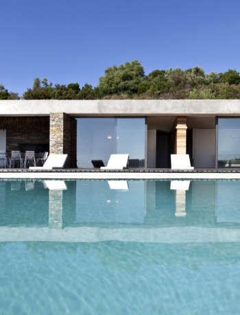 Plane House Pool - K-Studio
